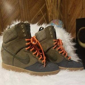 Nike Dunk Sky Hi SneakerBoot wedge H2O Repel